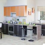 Кухня Альфа - цвет домино коричневый -оранжевый
