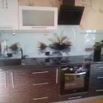 Проект 10.09.15 Кухня Дождь МДФ пластик, белый верх, черный низ (1)