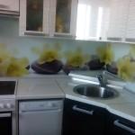 Проект 20.10.15 Кухня Дождь МДФ пластик, белый верх, черный низ (2)