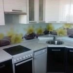 Проект 20.10.15 Кухня Дождь МДФ пластик, белый верх, черный низ (3)