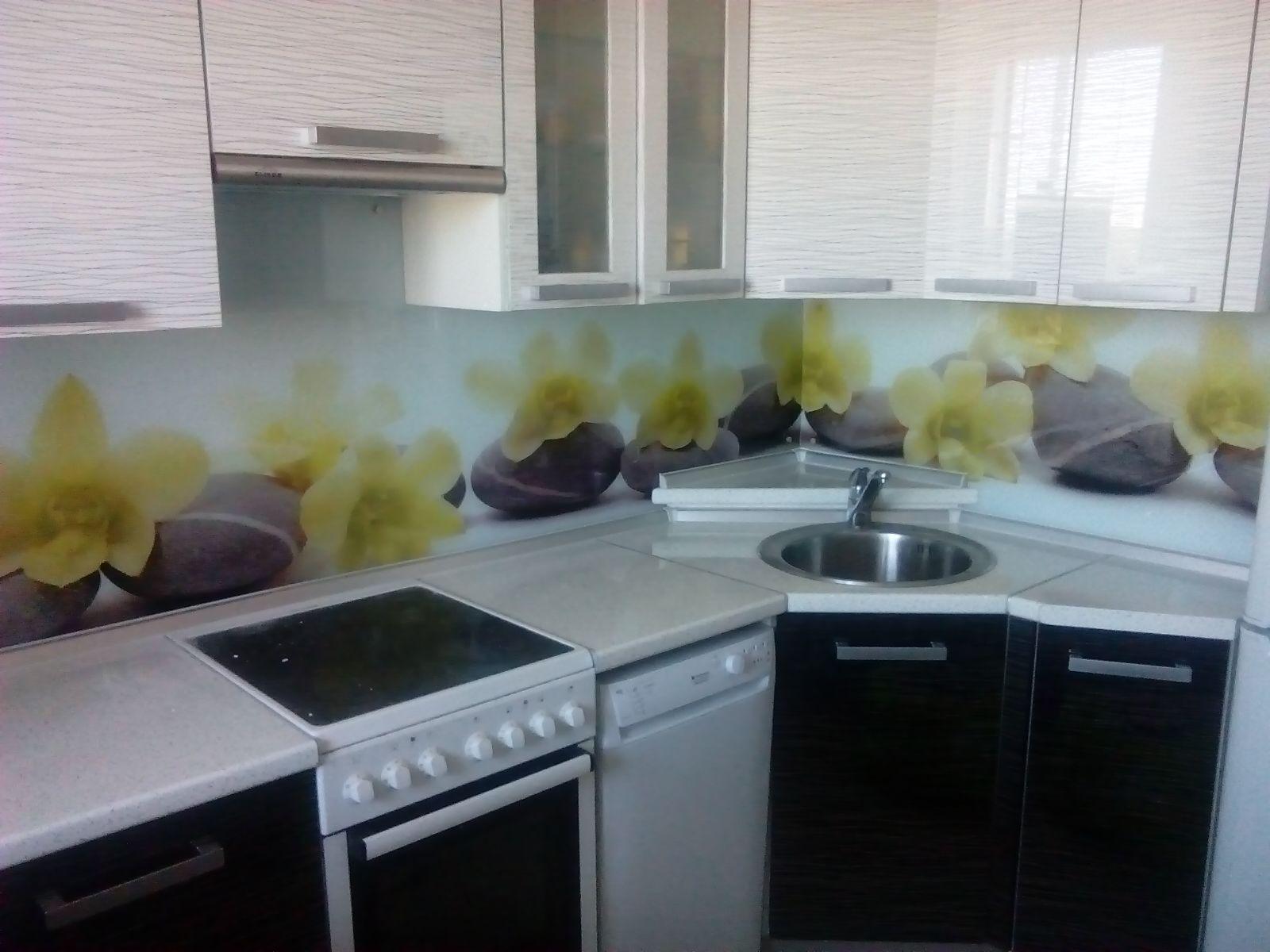 кухни белый верх черный низ фото